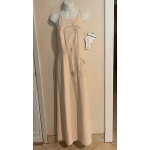 Dresses & Skirts - NWT Reggio Petite embellished formal dress Sz 10P